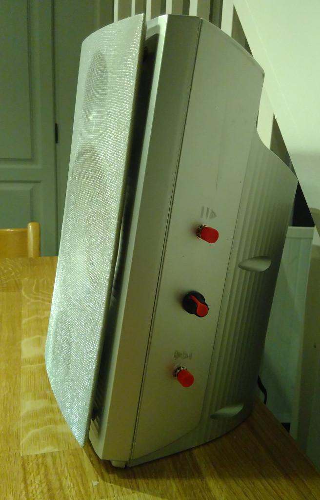 Complete speaker